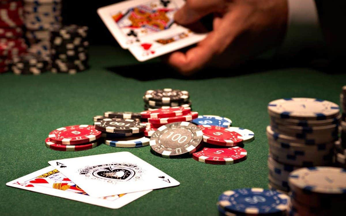Casino coin pusher